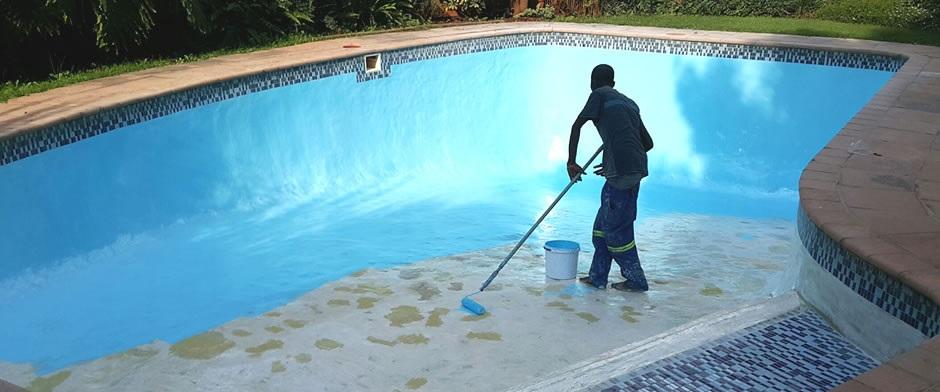 cuando pintar una piscina